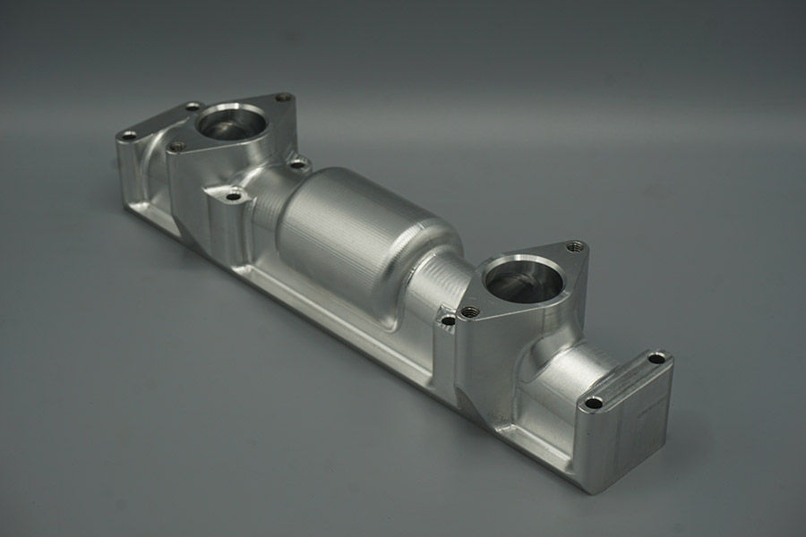 Riley 12/4 custom design inlet manifold for twin SU HV3 carburetters using original 8 stud fixing, with 65mm tract length